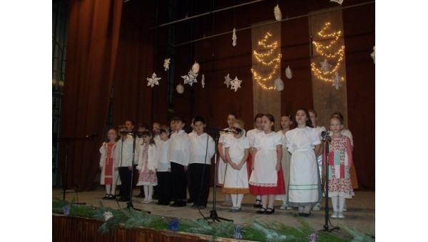 Karácsonyi műsor Felsőszeliben